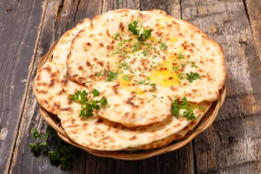 Dishes to Pair with Naan Bread